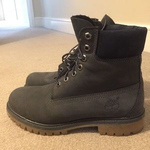 Other - Timberlands Black